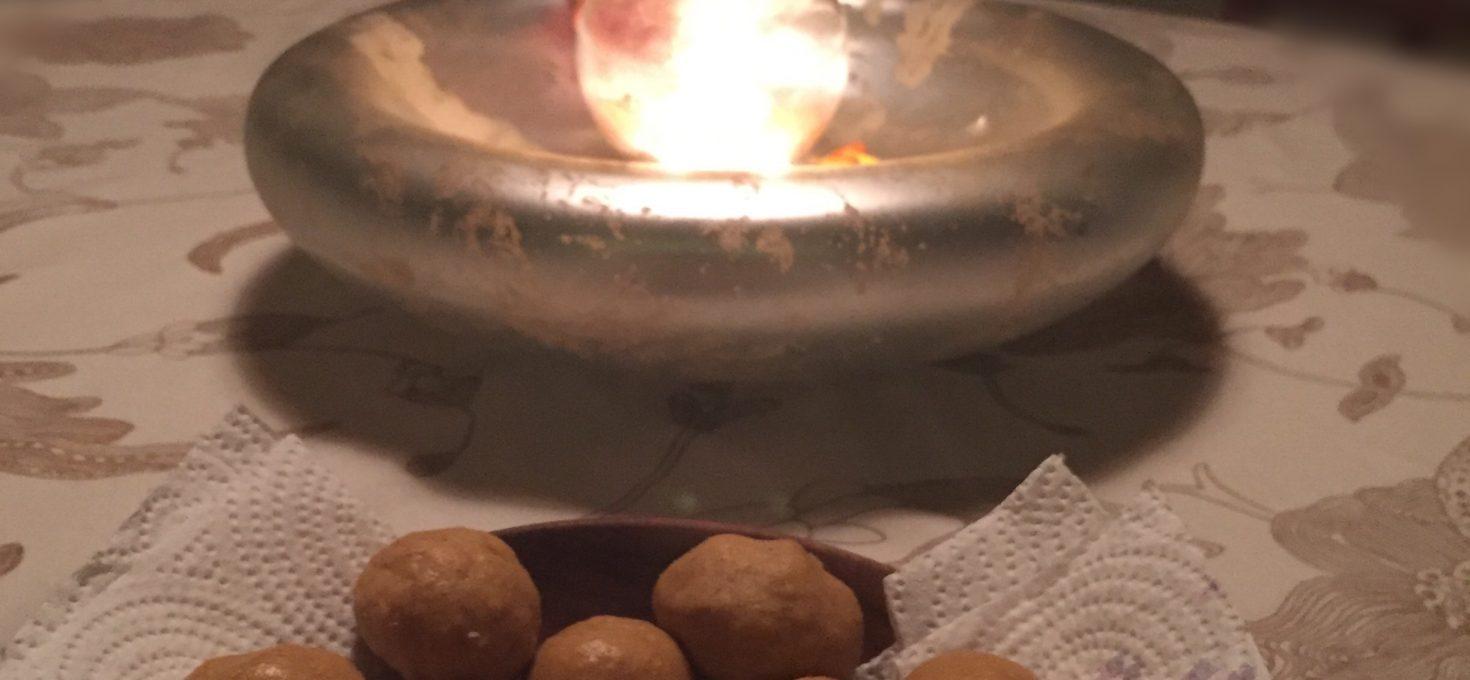 Chickpea flour sweet balls