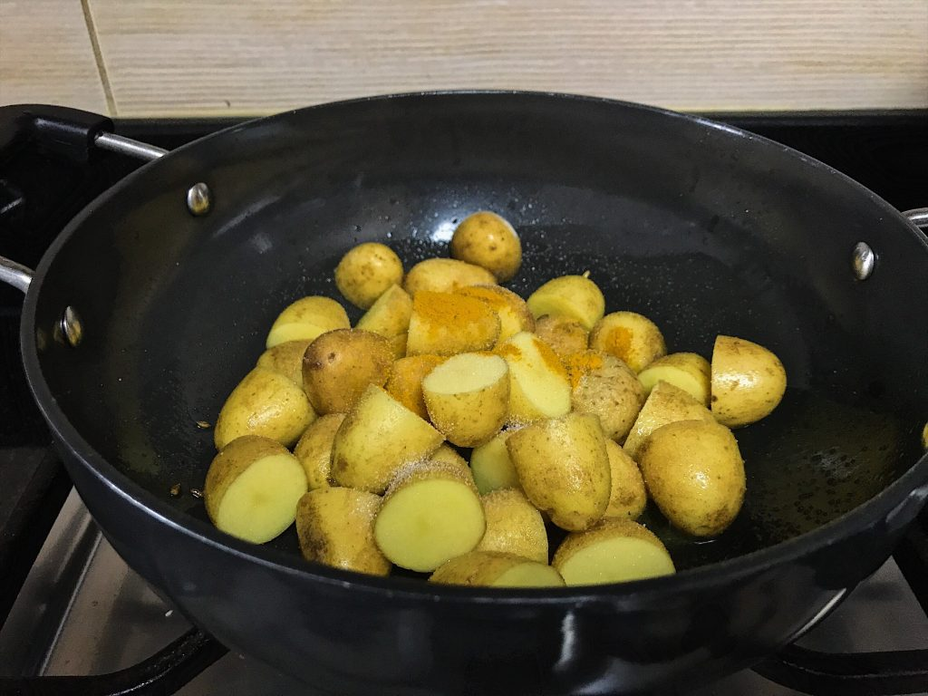 Chhote Chatpate Aloo recipe