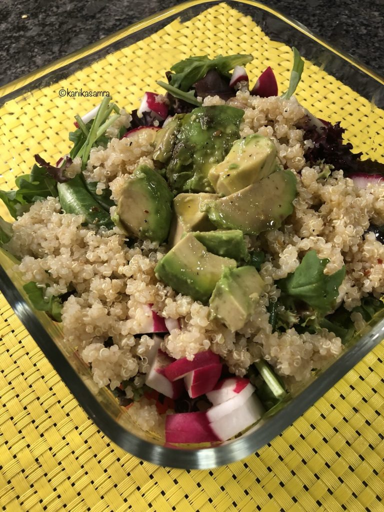 Summer salad with quinoa and avocado